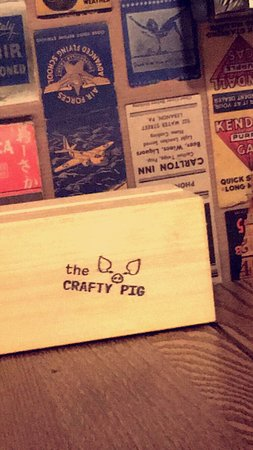 Greater Manchester, UK: Popped into the Crafty Pig on the hop, stayed for lunch as it was so nice and cosy inside. I had