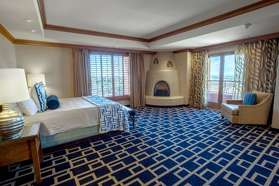 Sandia Resort & Casino: The master bedroom of our luxurious Super Suites.
