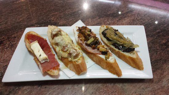 Almussafes, Spanje: Enjoy! Cerveceria - Cafeteria