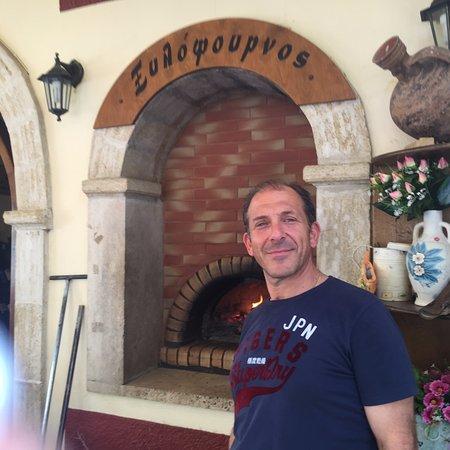 Mochos, Grecia: Nick our host
