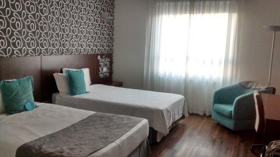 Quality Hotel Curitiba: Standard do Quality Curitiba