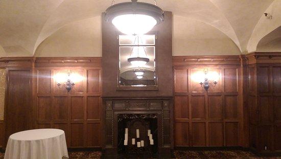 Benson Hotel : IMAG6370_large.jpg