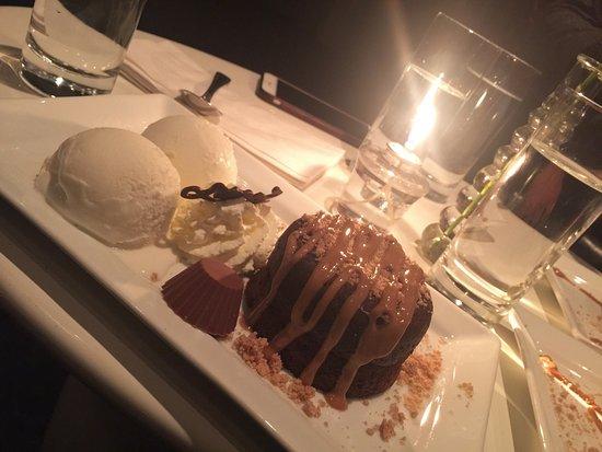 The Middle Spoon Desserterie & Bar : photo0.jpg