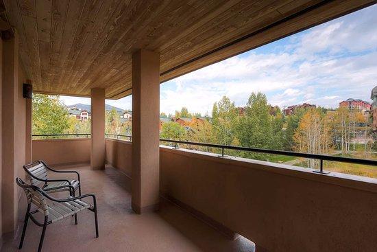 Canyon Creek Condominiums: Deck Example