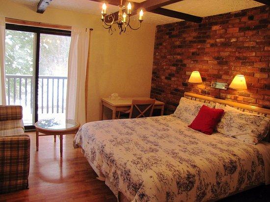 Wakefield, Canada: King room upstairs