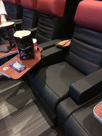 Tomball, TX: Santikos recently upgraded their seats... Another wonderful perk of this theater!