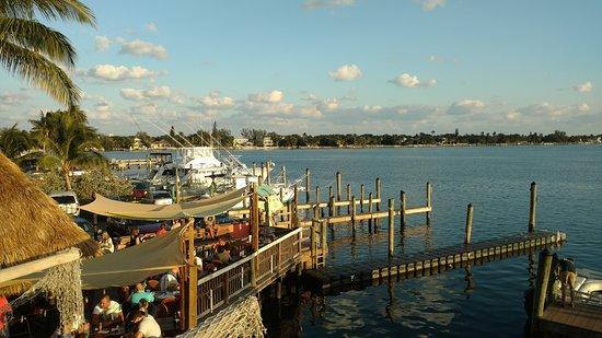Lantana, FL: TGIF