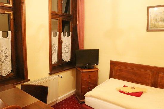 """Hotel Garni """"Am Dippeplatz"""""""