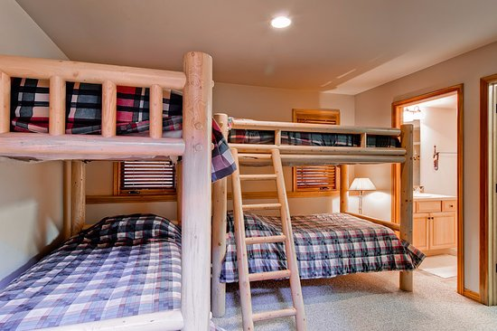 Evergreens Townhomes: Bedroom Example