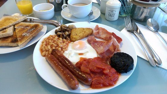 Bootle, UK: breakfast