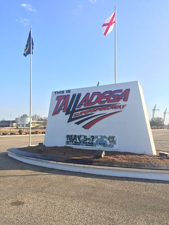 Talladega, Алабама: photo0.jpg