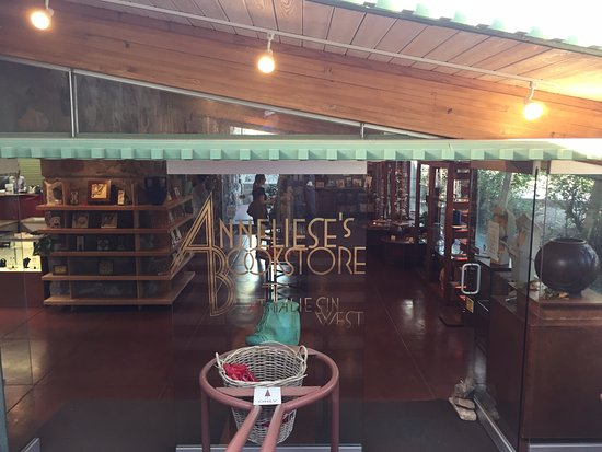 Bookstore & Gift Shop - Picture of Taliesin West, Scottsdale ...
