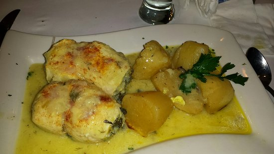 Manhasset, Νέα Υόρκη: chicken with lemon potatoes