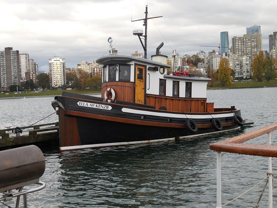 Vancouver Maritime Museum: Maritime museum dock