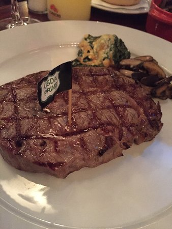 El Gaucho - Argentinian Steakhouse: It's wonderful, I love it so much. Food are very good and staff are very friendly, Boban is so n