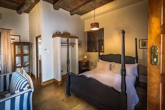 De Leeuwenhof Hotel/Guesthouse: the downfloor bedroom in the apartment