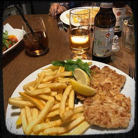 kantine deluxe mycket god wienerschnitzel