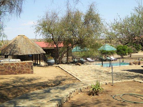 Leopard Lodge: Pool im Innenbereich