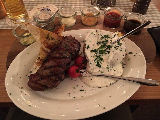 Harlachinger Jagdschlossl: photo2.jpg