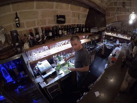 Copertino, Italie : Vineria San Sebastian