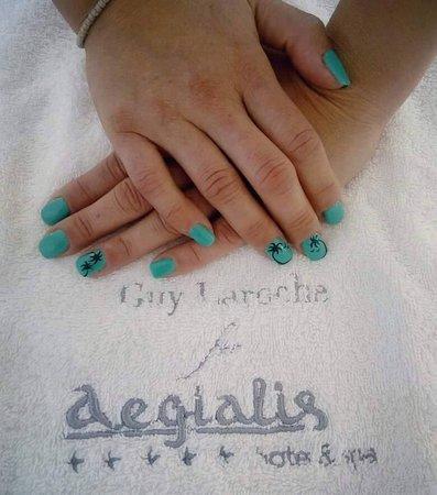 Aegialis Manicure