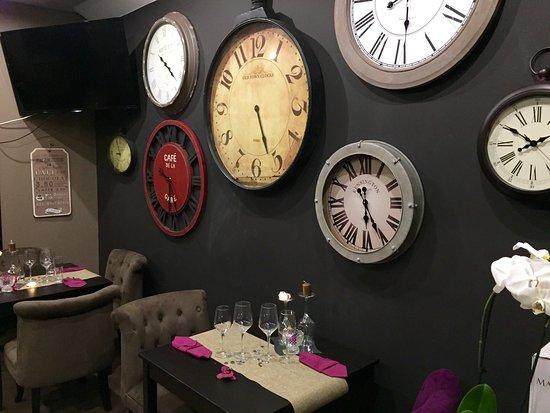 Pontault Combault, France: L'Horloge