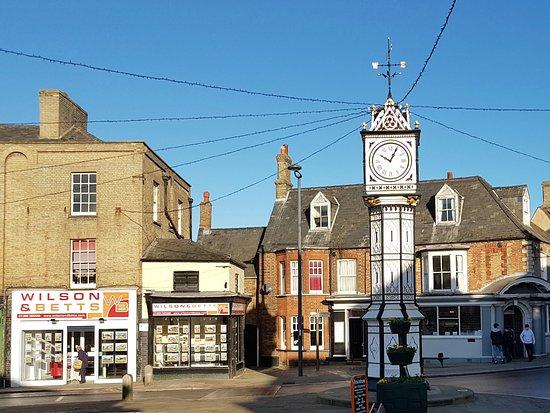 Downham Market, UK: Town Square Clock