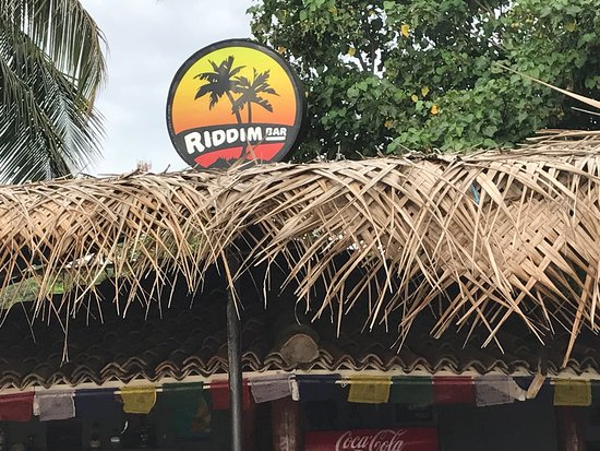 Riddim : Sunset vb, reggae and cocktails. Nice.