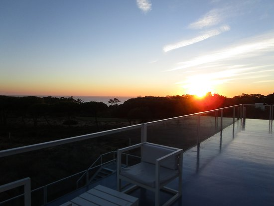 The Oitavos: Blick auf´s Meer an einem warmen Novemberabnd