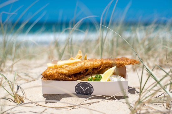 Sunshine Beach, Australia: Hungry? Fish and Chips on Sunshine  Beach.