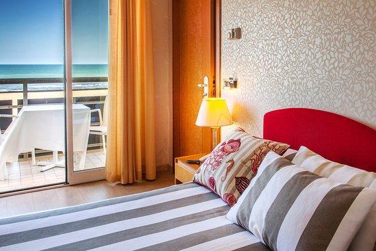 クルサアル ホテル