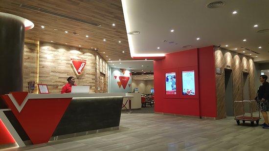 Metropolitan YMCA Singapore: 20161116_202244_large.jpg