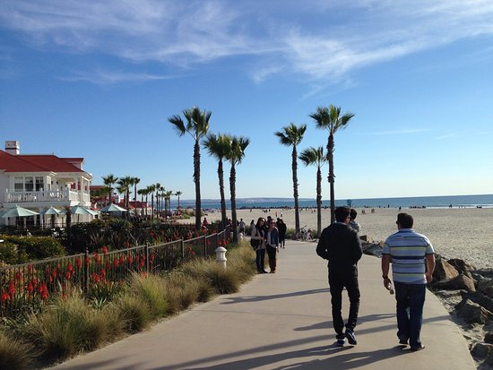 Mission Beach Boardwalk San Diego - Picture of Mission ...