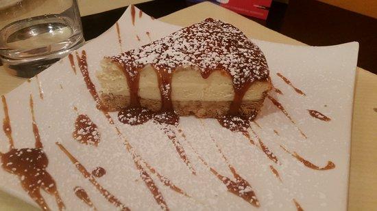 Cleres, France: Le cheese cake de novembre