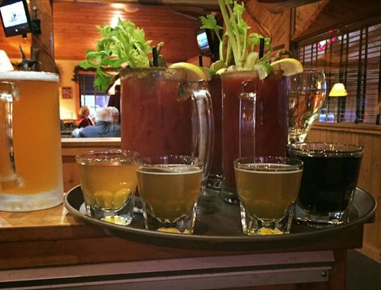 Rice Lake, WI: 25oz Ultimate Bloody Mary