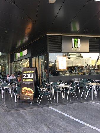 Restaurante tgb the good burger puerto venecia en - Restaurante puerto venecia ...