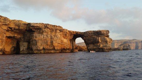 Malta Rib Cruises and Charter - Private Boat Service : The Azzure Window