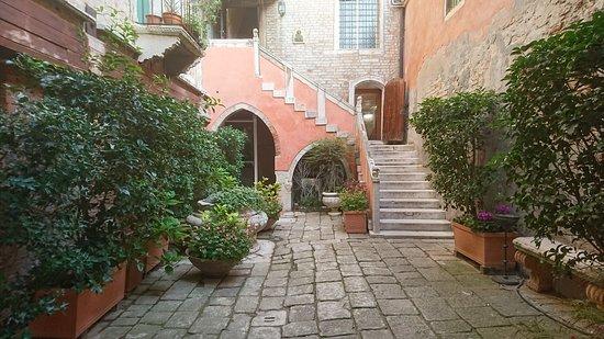 Residence Palazzo Odoni: DSC_0434_large.jpg