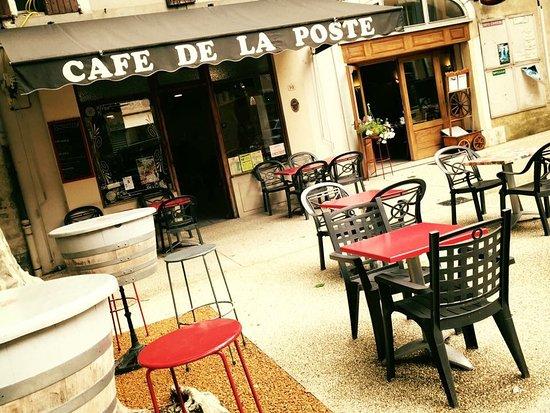 Mornas, ฝรั่งเศส: Le Café de la Poste
