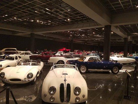 Danville, Californie : Many rare cars here