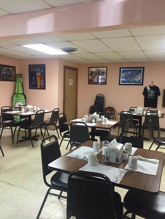 North Bend, Pensilvania: Good space between tables