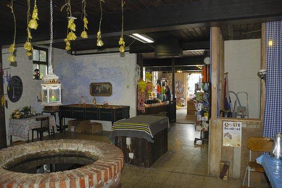Eenrum, Pays-Bas : De kaarsmakerij