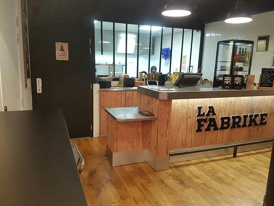 Le Comptoir Picture Of La Fabrike Joinville Le Pont