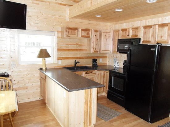 North Muskegon, MI: Kitchen in Cottage #2 (1BR)
