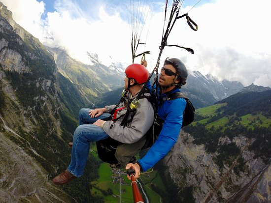 Airtime Paragliding: Paragliding