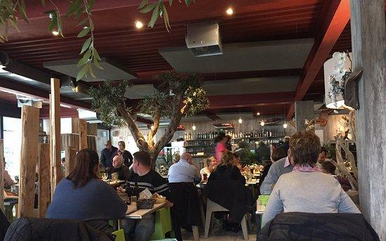 Uvrier, Suiza: salle du restaurant