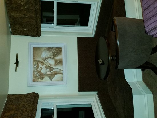 Baileys Hotel Cashel: Heated bathroom floors!