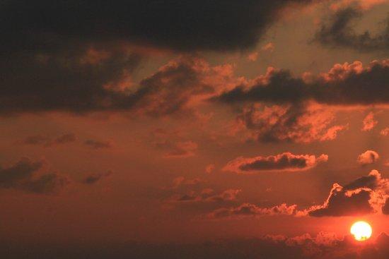 Kuramathi: Sunset from the Laguna bar