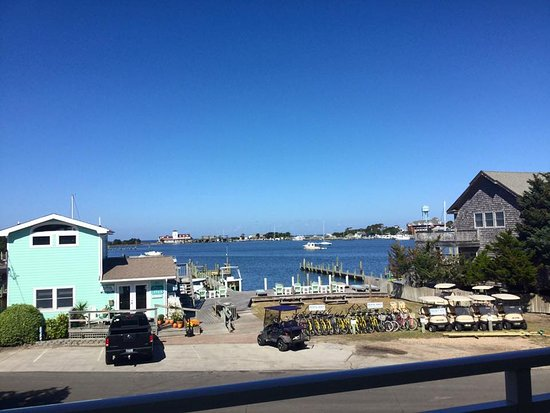 Ocracoke Harbor Inn: Beautiful Fall Day