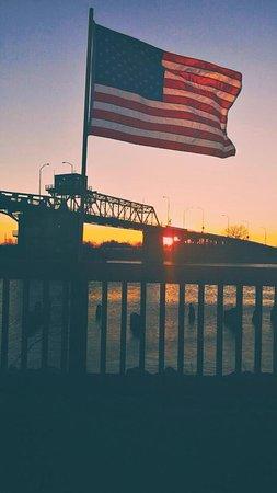 Hoquiam, WA: Veteran's Day from Deidra's party deck